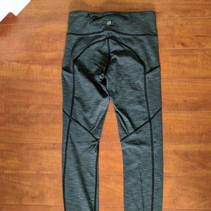 Lululemon Speed Tight sz 4 Fullux